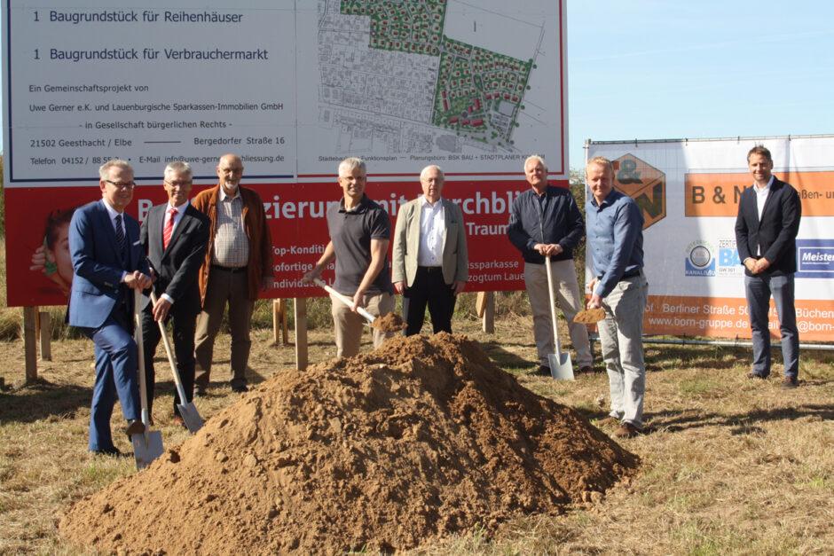 Erster Spatenstich für großes Baugebiet in Escheburg