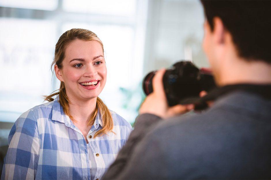 Wann der Arbeitgeber Fotos von Beschäftigten verwenden darf